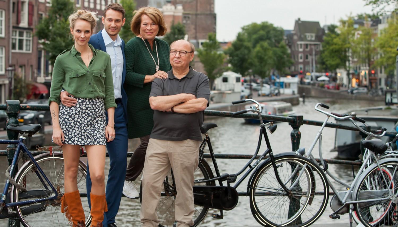 V.l.n.r.: Bracha van Doesburgh (Rolle: Sophie), Vladimir Burlakov (Rolle: Max), Rita Russek (Rolle: Dorothea), Hans-Joachim Heist (Rolle: Herbert)